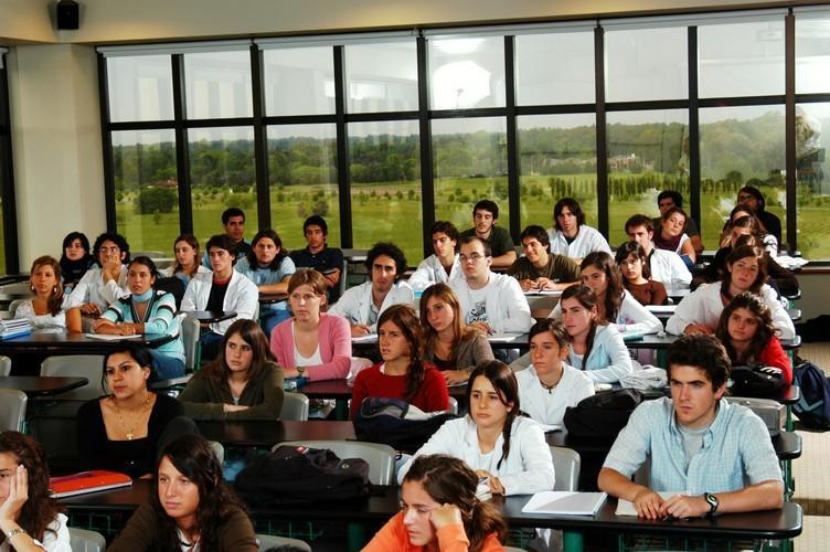 Estudiantes de Medicina Universidad Austral